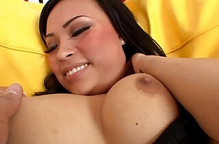 Gorgeous Asian Gia Grace eager for huge facial