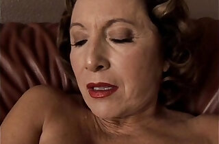 Gorgeous granny with nice tits sucks and fucks her juicy pussy for you