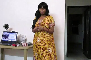 Indian Babe Sexy Interview