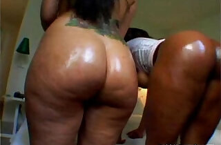 Phat Ass Sluts nice thick ghetto booty black girls around with big black butt ebony ass asses