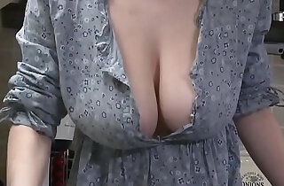 Downblouse Striptease Big Boobs